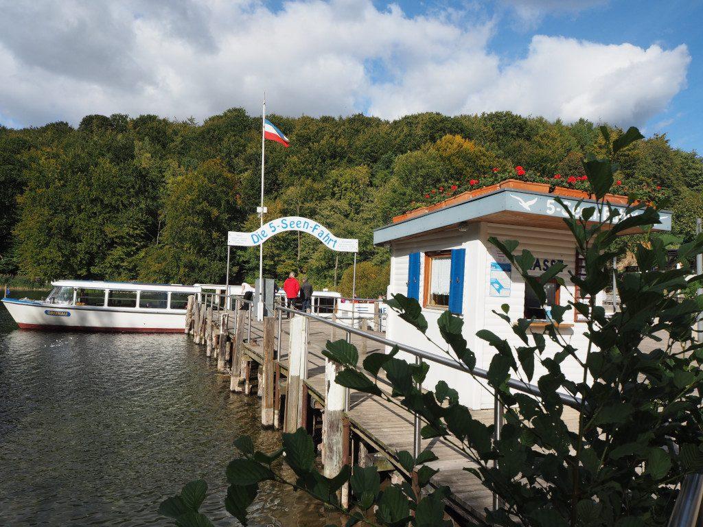 Anleger 5-Seen-Fahrt im Herbst