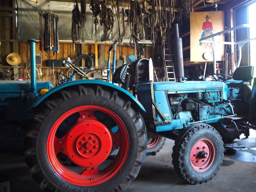 Neukirchen Traktor in der Scheune