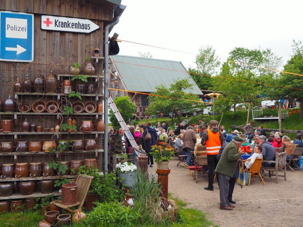 Neukirchen Flohmarkt