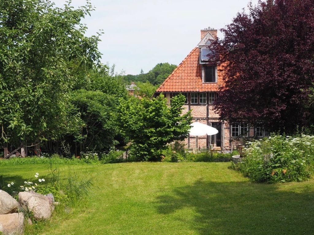 Wunderschöne Katen und nur 96 Einwohner gibt es in Söhren
